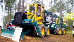 16 hsm 208f forwarder 8x8