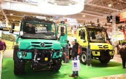 Unimog U430 and U423 of Mercedes