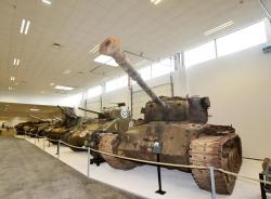 21 M26 Pershing, Sherman M4A2, M7 Priest