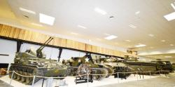22 M19 multiple gun motor carriage MGMC, Sexton  M7 self propelled gun, tank destroyer M10