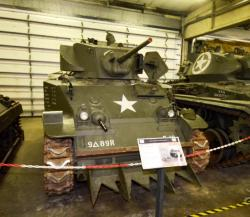 46 m5a1 stuart tank with crossing device