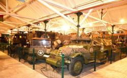 6 scout car and weasel 1