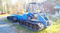 Articulated tracked vehicle
