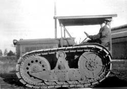 Garrett Tractor with Roadless Tracks