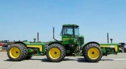 John deere articulated
