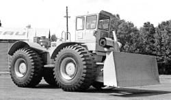 Letourneau T450, a Rubber Tired Dozer 1966