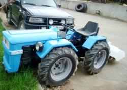 Nibbi articulated tractor