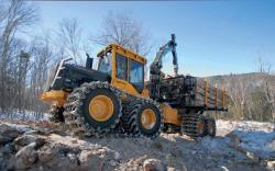 Tigercat tracked forwarder 1
