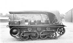 Tracked personnel transporter non armored issued from a vickers carden loyd